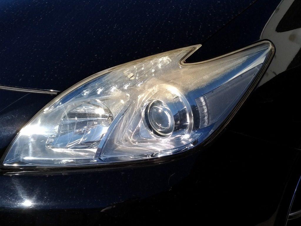 クリア塗装が劣化したヘッドライトの参考事例