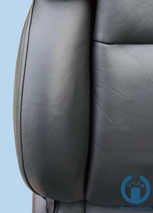 トータルリペア の レザーシートの大きな穴の リペア 前